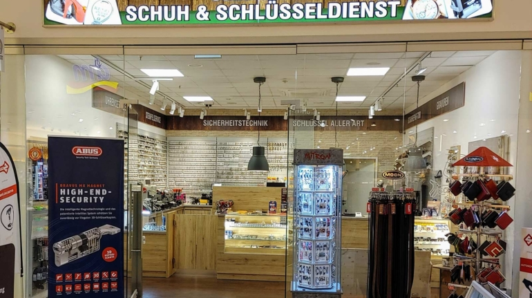 schoenherr-header-02